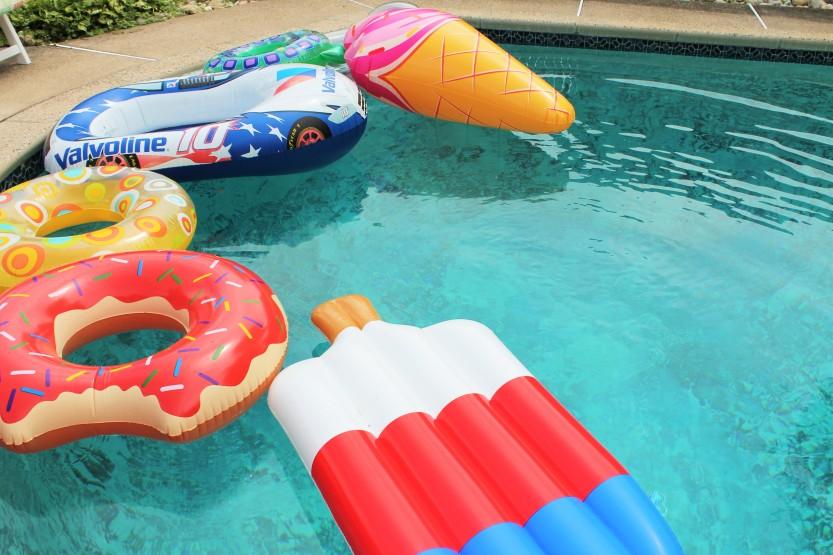 floats pool